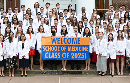 72 Photos: Welcome to UVA, School of Medicine Class of 2025! - Dean's Office Blog