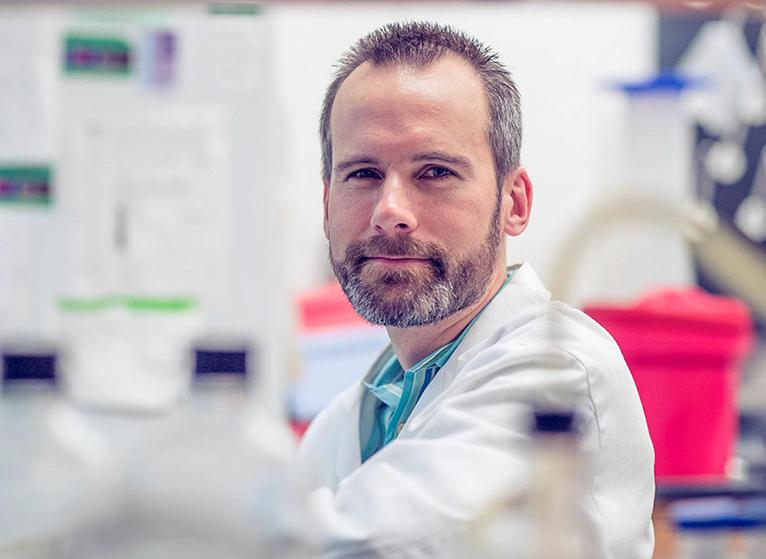 Dr Kevin Janes